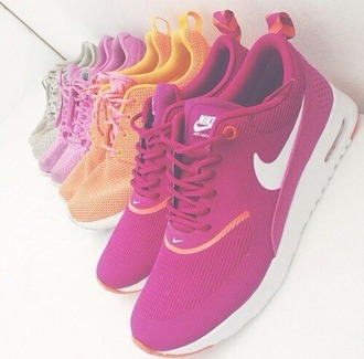 shoes trainers tran like fall outfits spring nike sneakers nikeshoes sneakers