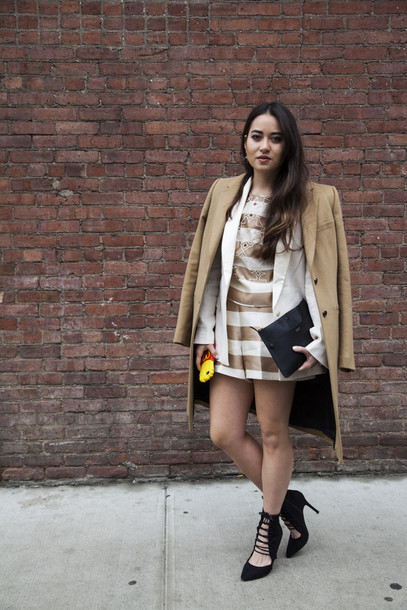blaastyle blogger shorts black heels mini dress blazer camel coat striped shorts striped top