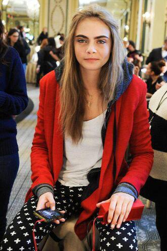 pants eyebrows green eyes cara delevingne blonde hair cute beautiful red cross jacket hoodie sweatshirt