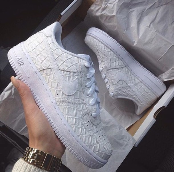 6ec224ca59d7bc shoes white nike air white shoes white sneakers white nikes snake snake  print crocodile crocodile sneakers