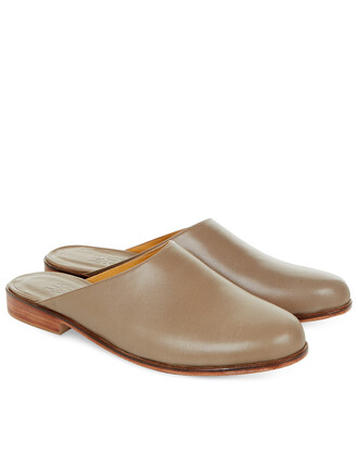 shoes slide shoes leather brown