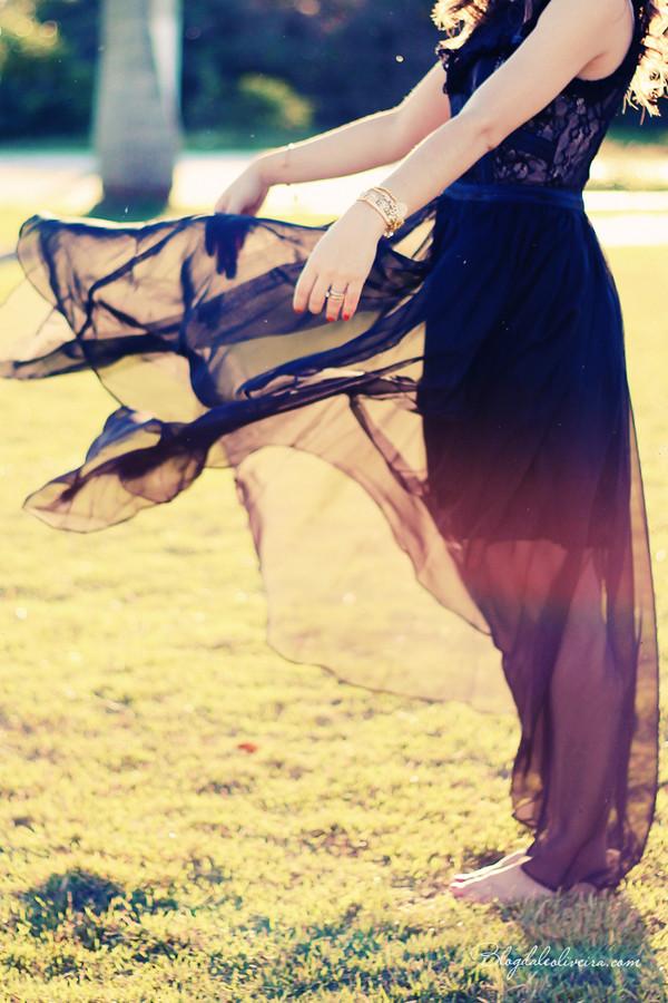 Dual-tone black maxi dress