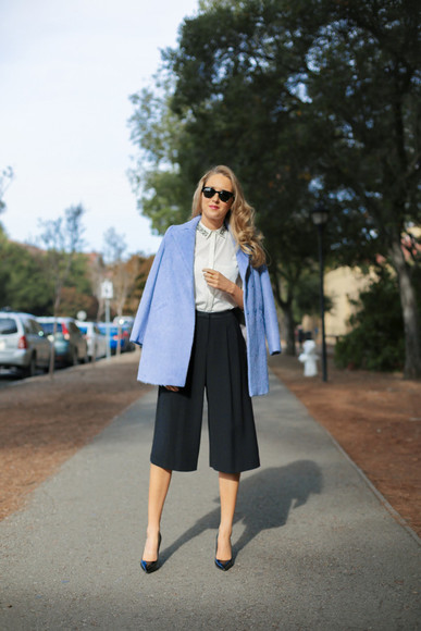 blogger white shirt pants sunglasses the classy cubicle light blue