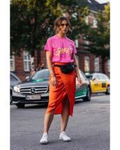 top,pink t-shirt,printed t-shirt,midi skirt,sneakers,belt bag,sunglasses