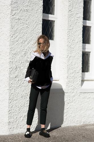 oracle fox blogger minimalist slide shoes cut-out shoulder top black top black pants cropped pants office outfits celine bag