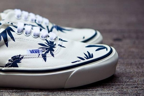 shoes basket sneakers palm print palm shoes vans leaf palm leaf palmprint palm print vans of the wall