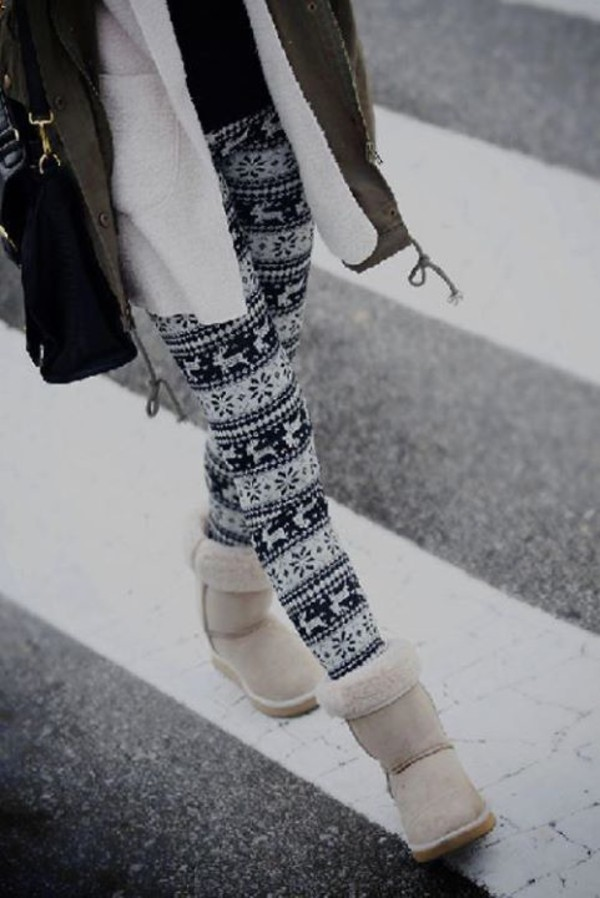 pants snow winter outfits leggings printed leggings black and white shoes ugg boots leggings coat holiday season tumblr winter coat winter outfits