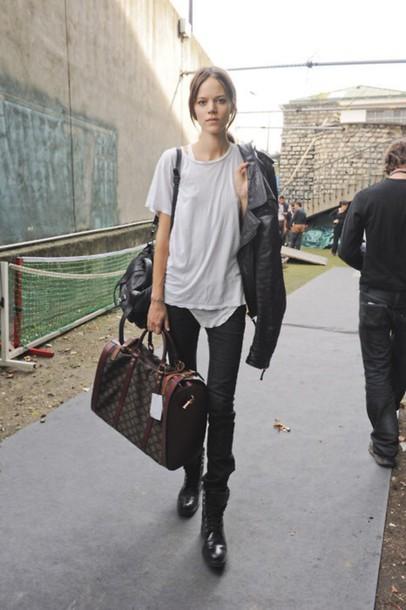 t-shirt grunge Freja Beha shirt pants