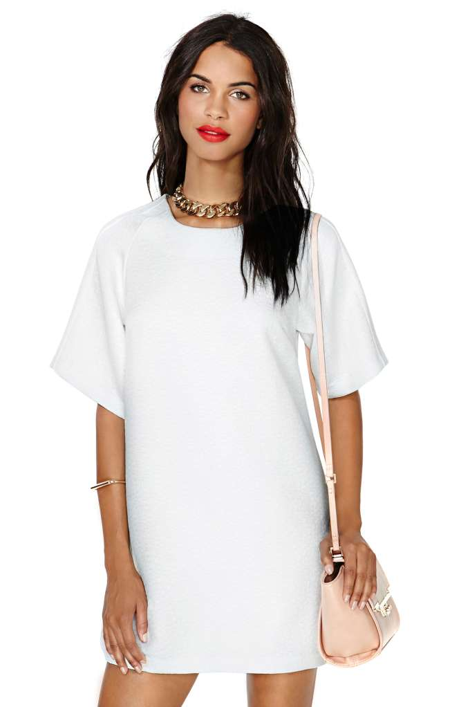 Shop dresses at nasty gal