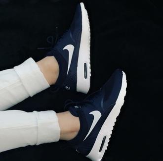 shoes nik roshe runs nike shoes nike nike running shoes black white