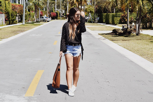 madison lane blogger top shorts belt shoes bag sunglasses tote bag sneakers denim shorts blouse spring outfits