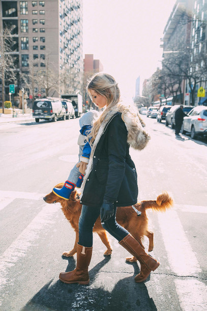 barefoot blonde blogger brown leather boots winter coat hooded winter coat