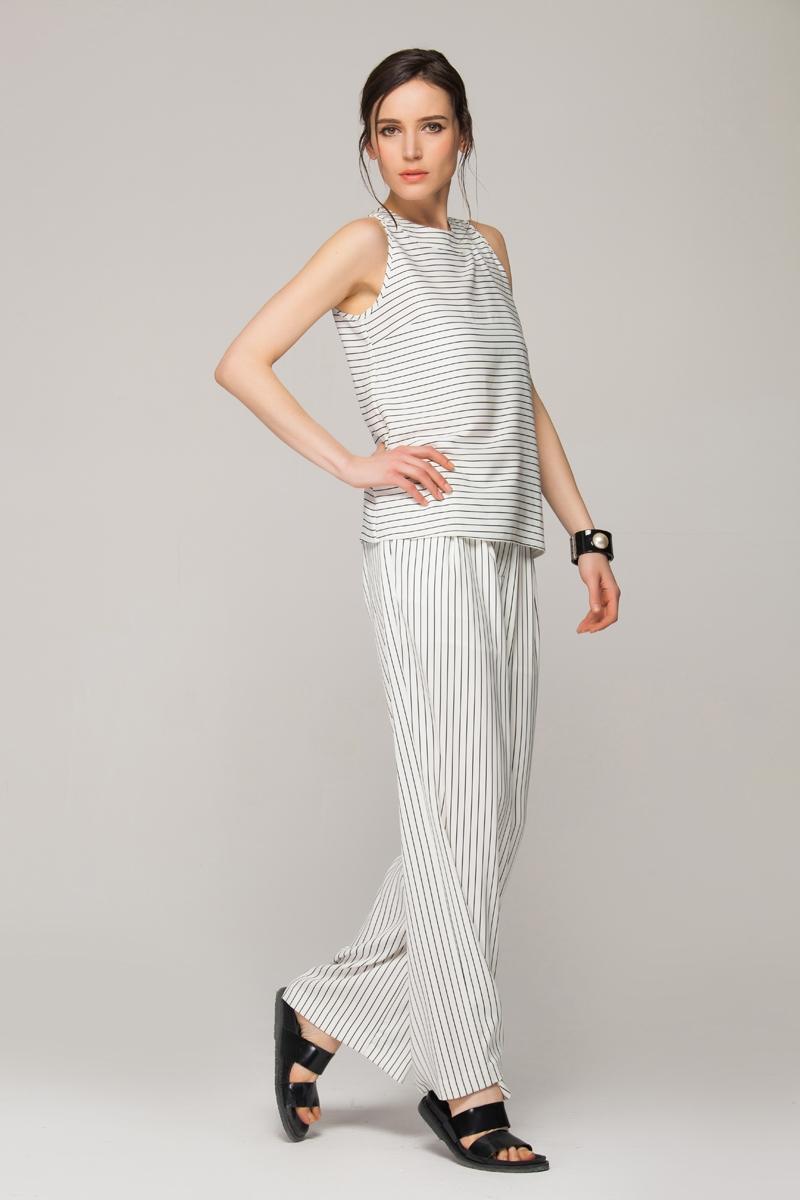 Chiffon vest in monochrome stripes