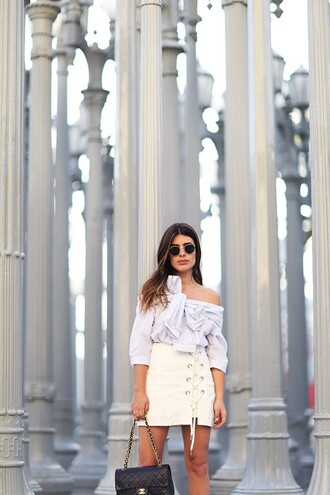 dulceida blogger bag sunglasses shoes zebratrash skirt lace up mini skirt white skirt tie-front top off the shoulder long sleeves chanel date outfit off the shoulder top lace up skirt white off shoulder top three-quarter sleeves top blouse white blouse
