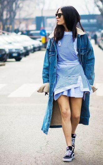 jacket shearling denim jacket denim jacket shearling jacket shearling blue jacket mini dress dress blue dress striped dress stripes asymmetrical asymmetrical dress sneakers black sneakers high top sneakers sunglasses streetstyle vans