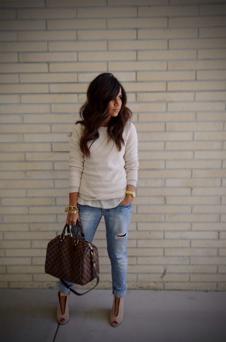 bag brown bag brown leather leather bag brown leather bag streetwear streetstyle street fashion style stylish classy classic creme sweater white white sweater jeans denim ripped jeans gold gold bracelet gold watch bracelets bracelet chains boots ankle boots peep toe boots peep toe white blouse sweater