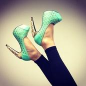 shoes,mint,green,gold,high heels,mint green shoes,golden studs,бренд,heels,fashion