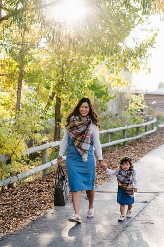 sandy a la mode blogger sweater shoes scarf bag shirt fall outfits mother and child denim dress tartan scarf