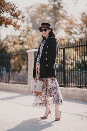 hallie daily,blogger,bag,hat,make-up,slingbacks,floral dress,fall outfits