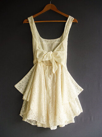 yellow dress bow cream dress dentelle lace white dress beige dress lace dress dress white bag jewels black jewels amazing wedding clothes knot vintage summer spring day dress tumblr white lace dress cream sleeveless no sleeve ruffle fashion girl girly boho boheme short perfect summer dress bow back dress bow dress big bow shirt
