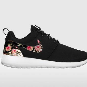 Custom Nike Roshe Run,FREE SHIPPING Floral Nike Roshe Run, Black and White  Nike Floral Roshe, ...