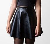 skirt,leather,leather skirt,pleather,vinyl,pvc,pvc skirt,90s style,1990s,faux leather,vinyl skirt