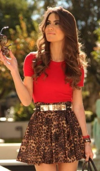 skirt red shirt cheetah skirt outfit summer outfit