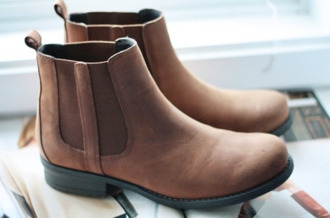 shoes chealsea british brown boots beautiful elastic heel flat fashion clothes chelsea boots