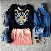 sweater,girly,cute,tiger face,vintage,skirt,shoes,jacket,jewels,scarf,edgy,tiger