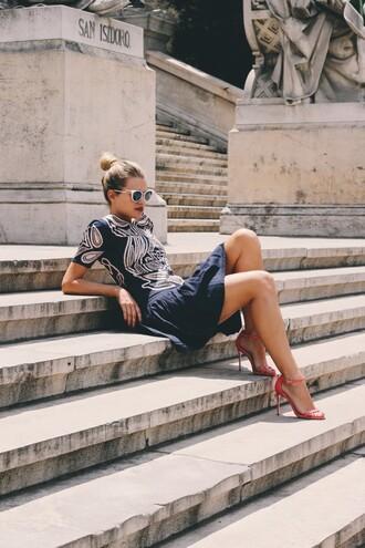 dress tumblr mini dress blue dress embroidered embroidered dress sunglasses summer dress date outfit
