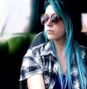 hair accessory grunge alternative girl girly glasses style t-shirt shirt