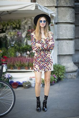 the blonde salad blogger dress shoes hat sunglasses