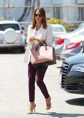shoes,jessica alba,pants,jacket,bag