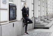 meri wild,blogger,top,jeans,jacket,shoes,black jacket,all black everything,backpack,black jeans,spring outfits,sneakers