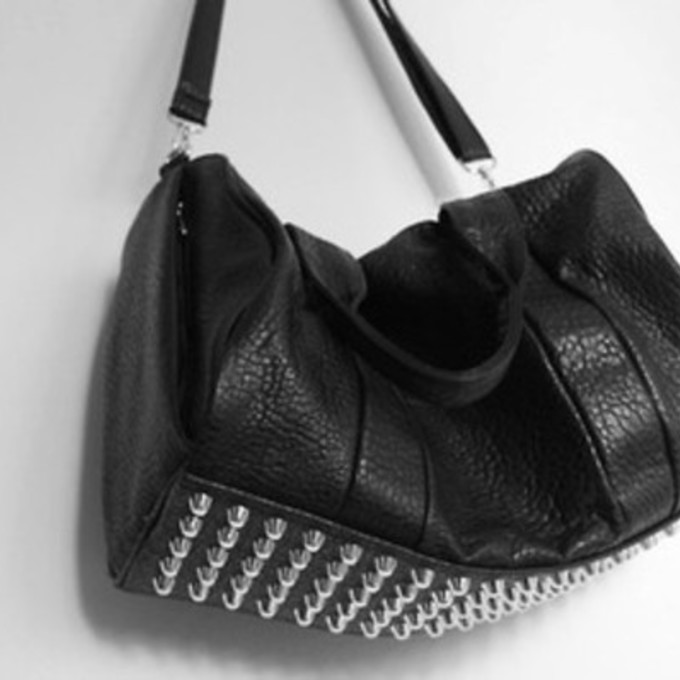 Black Shoulder Bag With Studded Bottom – Shoulder Travel Bag