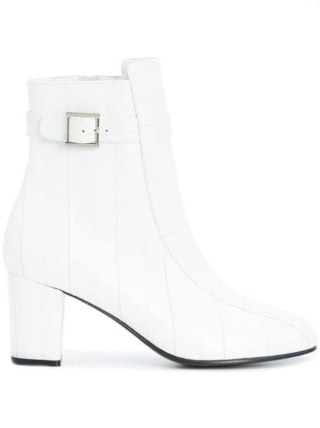 NewbarK women white shoes