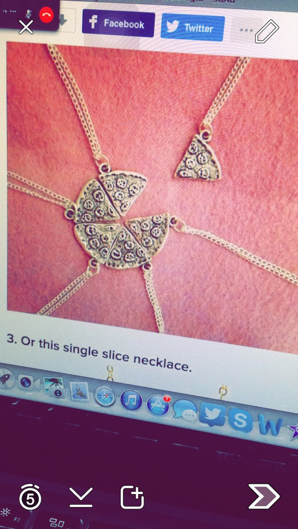 jewels pizza necklace www.ebonylace.net silver pizza pendant