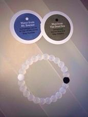 jewels,bracelets,white