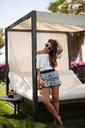 lovely pepa blogger shorts top bag shoes sunglasses