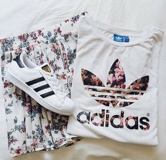 shirt t-shirt skirt adidas adidas shoes adidas shirt flowers pink flowers spring outfits cute outfits summer outfits sweater top adidas t-shirt shorts graphic tee tumblr shoes adidas originals adidas superstars causal shoes black and white white shoes floral skirt white t-shirt