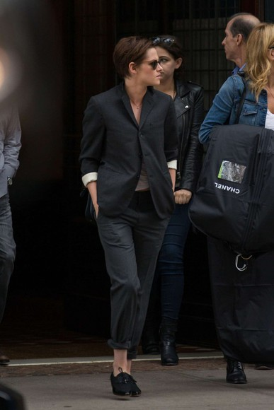 kristen stewart pants suit shoes fall outfits