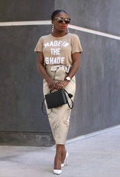 skirt,pencil skirt,satin skirt,wrap skirt,t-shirt,graphic tee,slogan tee,boxed bag,blogger,blogger style