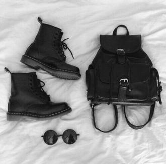 bag black shoes hipster hipster bag backpack sunglasses