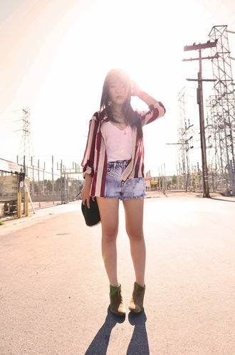 daily disguise shoes tank top blouse shorts