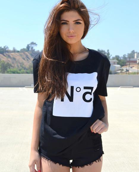 black black t-shirt t-shirt black tee chanel chanel t-shirt chanel no. 5