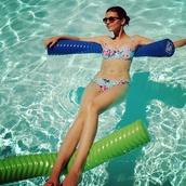 swimwear,victoria justice