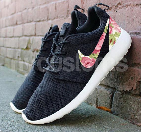 Free Shipping -- Nike Roshe Run Black Anthracite Rose Garden Batch Floral Print Custom Men & Women