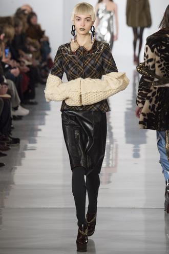 jacket skirt maison margiela paris fashion week 2016 fashion week 2016 runway model earrings hairstyles