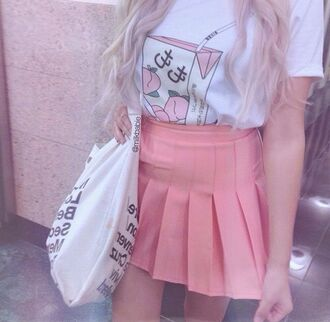 shirt peach pink pastel japanese japan tumblr pastel goth aesthetic asthetic aesthetic tumblr aesthetic grunge tumblr aesthetic tumblr girl tumblr outfit aesthetic shirt kawaii kawaii grunge kawaii shirt pastel pink white t-shirt pleated skirt pink skirt harajuku