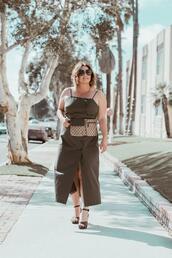 barefootinla,blogger,dress,belt,bag,shoes,sunglasses,jewels,top,sandals,belt bag,green dress,summer outfits